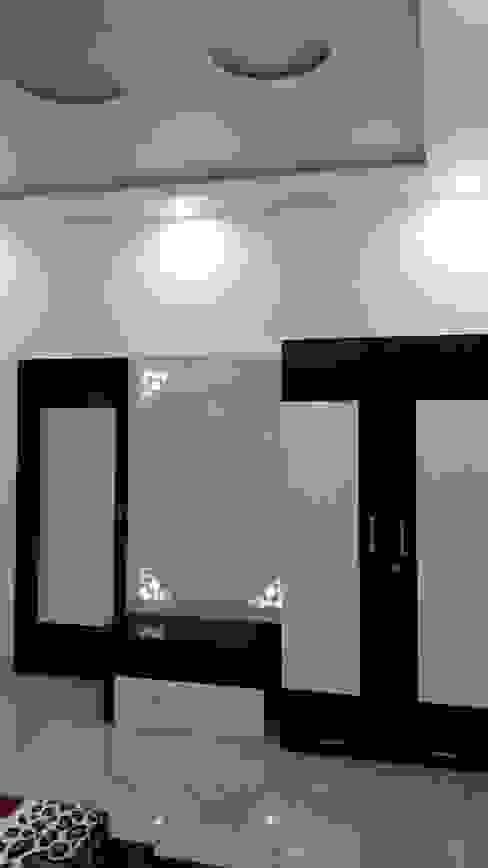 LALIT KUMAR FULWANI Modern style bedroom by MAA ARCHITECTS & INTERIOR DESIGNERS Modern
