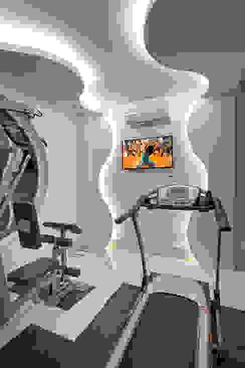 Casa Buriti Fitness moderno por Arquiteto Aquiles Nícolas Kílaris Moderno