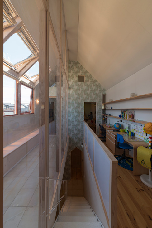 .: 水野行偉建築設計事務所が手掛けた書斎です。,モダン
