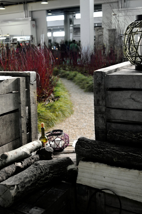 Il giardino dei semplici... di LUCIA PANZETTA - PAESAGGISTA Moderno