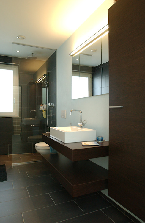 Modern Bathroom by 5 Architekten AG Modern
