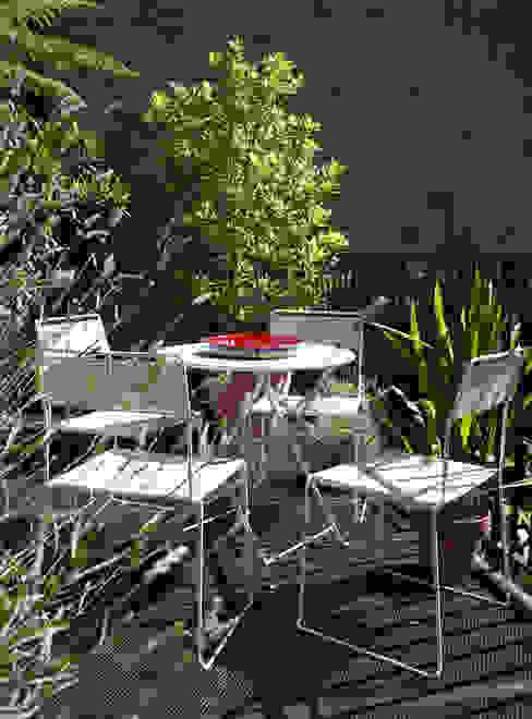 Barnsbury Park Modern balcony, veranda & terrace by ReDesign London Ltd Modern