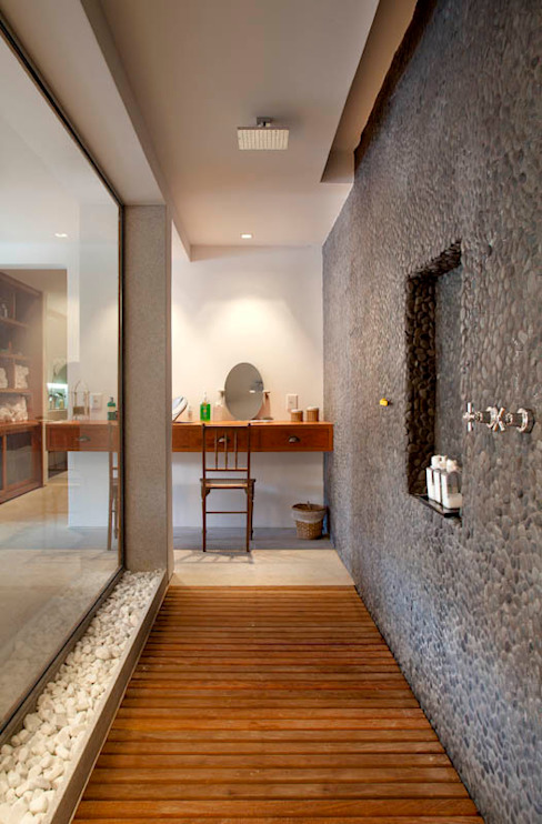 Country style spa by Raquel Junqueira Arquitetura Country