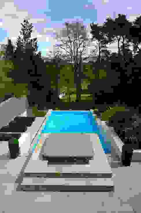 Bingham Avenue, Evening Hill, Poole Дома в классическом стиле от David James Architects & Partners Ltd Классический