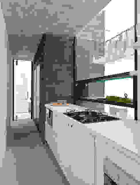 Minimalistische Bürogebäude von Zemel+ ARQUITETOS Minimalistisch
