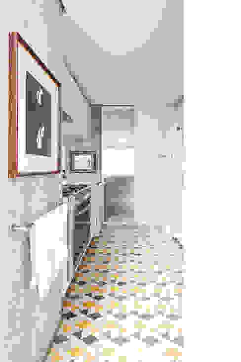 Apartamento Sabará Cozinhas modernas por Zemel+ ARQUITETOS Moderno