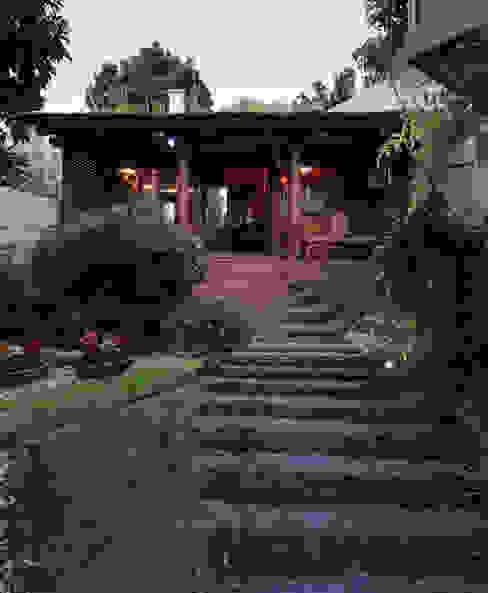 PAM | Quiosque Zona Sul Jardins modernos por Kali Arquitetura Moderno