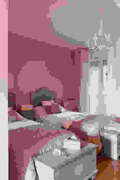 Спальня в эклектичном стиле от Deu i Deu Эклектичный
