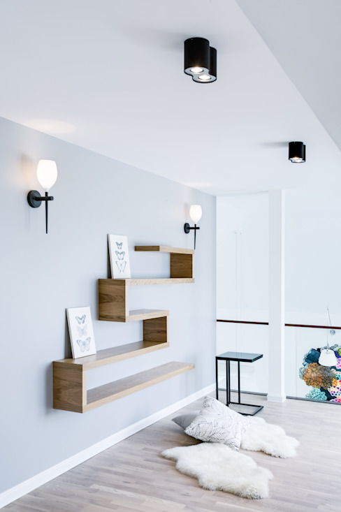 Corridor & hallway by DK architektura wnętrz, Scandinavian