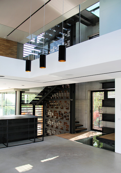 Minimalist living room by Architekt Zoran Bodrozic Minimalist