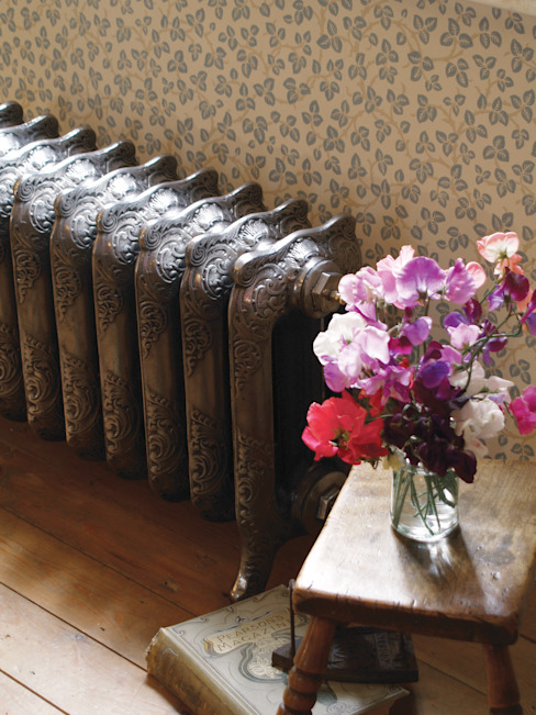 The Rococo 460mm Cast Iron Radiator de UKAA | UK Architectural Antiques Clásico