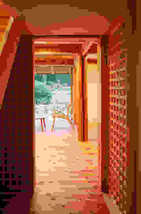 芦田成人建築設計事務所 Eclectic style windows & doors