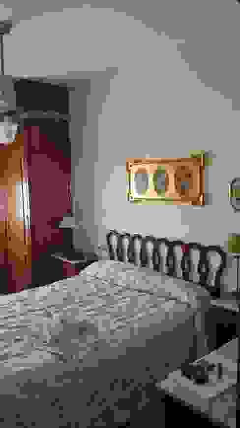 Mobiliario PLEGUR S.L BedroomBeds & headboards