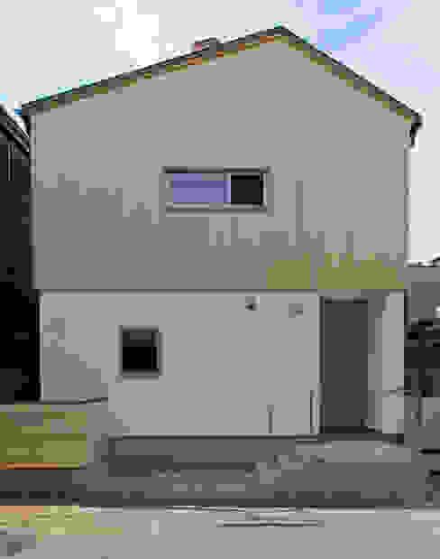 Houses by 株式会社松井郁夫建築設計事務所, Modern