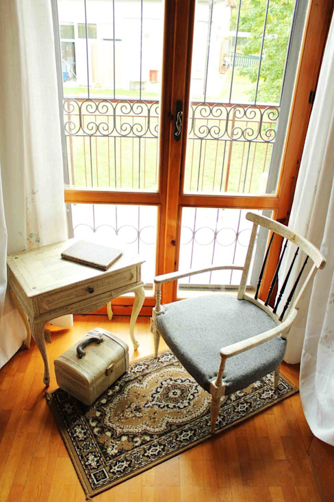 Unique Living Room AM Florence Quartos rústicos