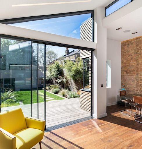 Winchmore Hill, London Modern windows & doors by Maxlight Modern