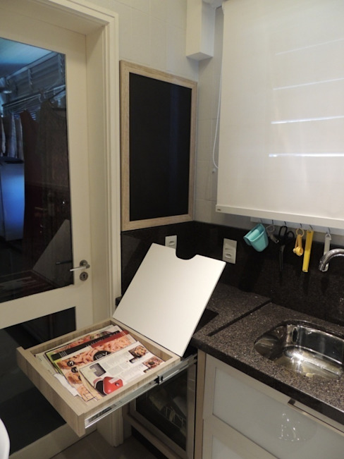 Modern style kitchen by Dariano Arquitetura Modern