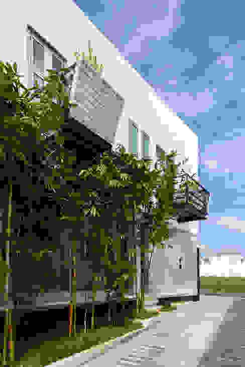 balcones Balcones y terrazas de estilo minimalista de Taller ADC Architecture Office Minimalista