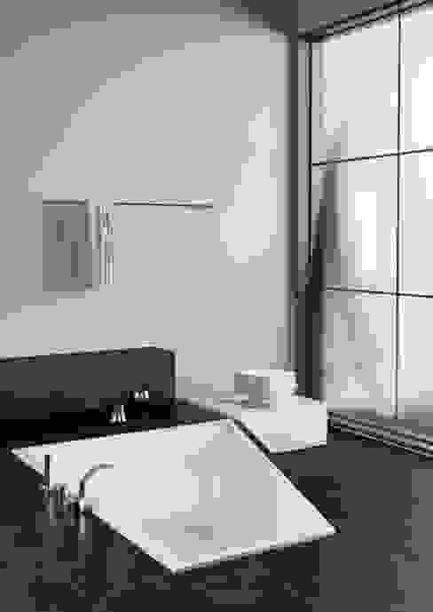 Baños de estilo  por GALATEA GmbH