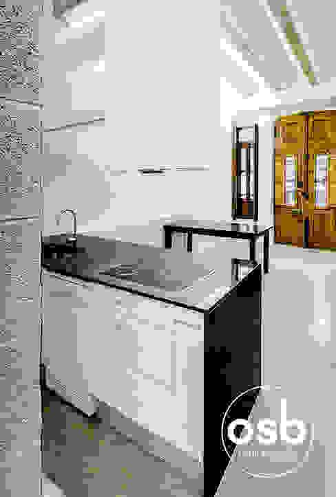 rafa Salones de estilo industrial de osb arquitectos Industrial