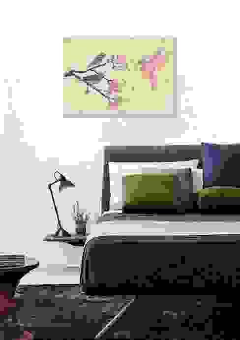Dormitorios modernos: Ideas, imágenes y decoración de JUNIQE Moderno