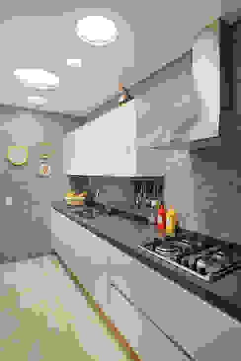 Cocinas de estilo clásico de Studio ro+ca Clásico