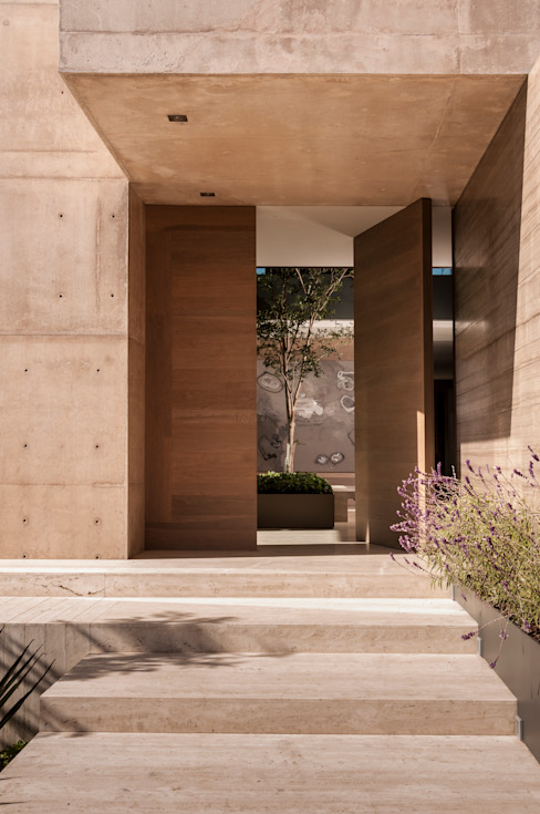 Puertas de entrada de estilo  por Gantous Arquitectos, Moderno
