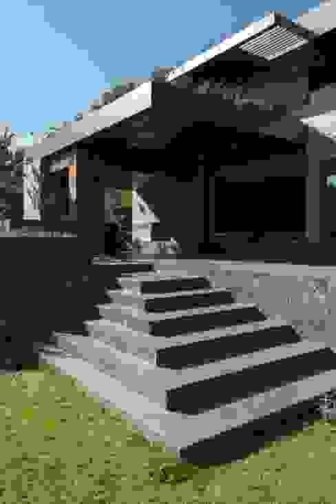 BB Residence Casas modernas de Gantous Arquitectos Moderno
