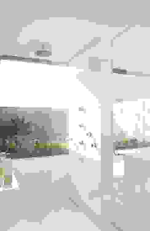 Baños de estilo  por Gantous Arquitectos,