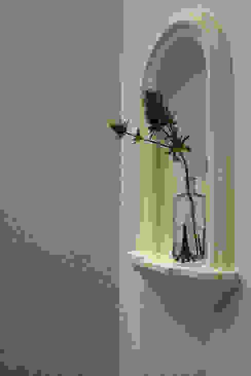 ちいさな塔の家 オリジナルスタイルの 玄関&廊下&階段 の ソフトデザイン1級建築士事務所 オリジナル