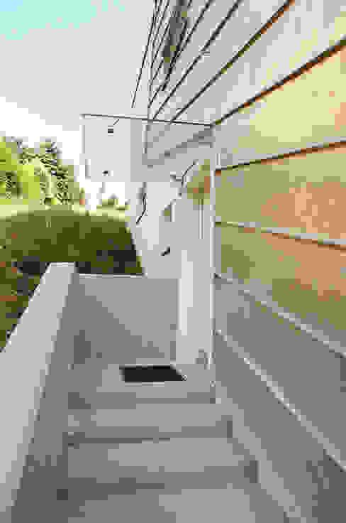 Eingang Klassische Fenster & Türen von architope Klassisch