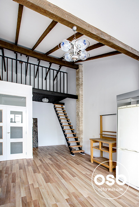 Eklektyczny salon od osb arquitectos Eklektyczny
