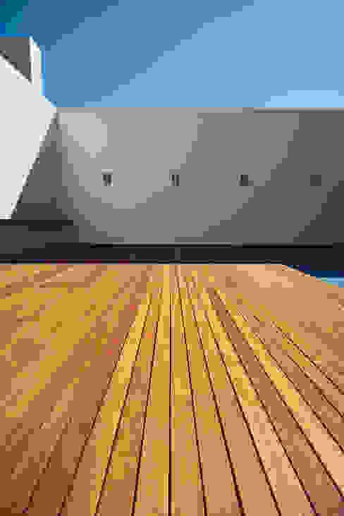 Modern Terrace by Imativa Arquitectos Modern