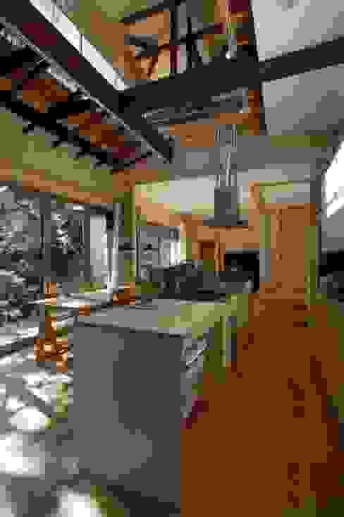 Dining room by 大庭建築設計事務所, Modern