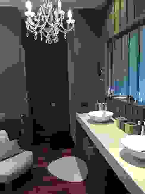 Baños de estilo ecléctico de Concept Home Setting Ecléctico