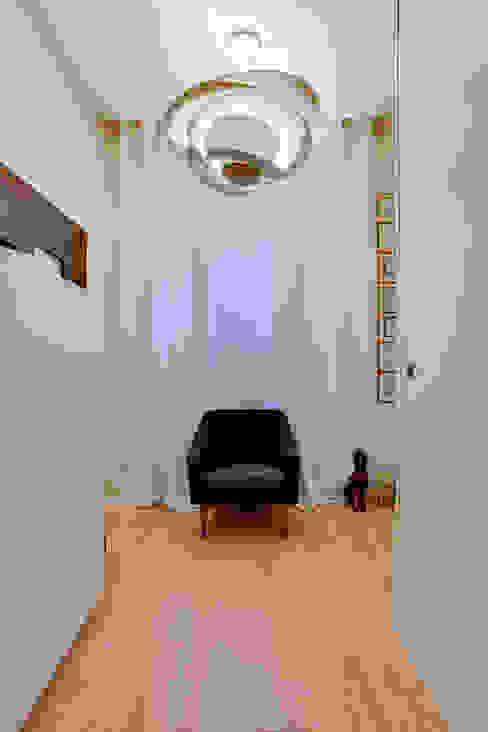 الممر الحديث، المدخل و الدرج من ATELIER FB حداثي