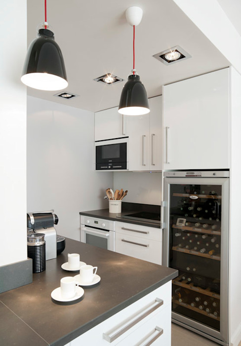 Modern style kitchen by ATELIER FB Modern