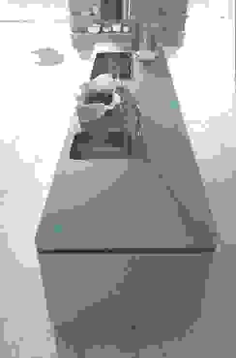 NX502 steengrijs matlak Eiland de Wild Keukens Minimalistische keukens