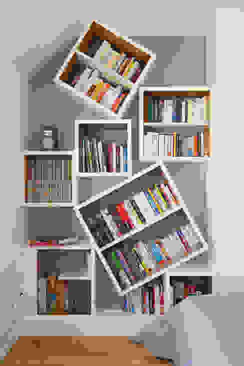 Bibliothèque : Chambre de style  par ATELIER FB, Moderne