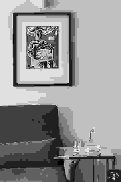 Wielkomiejski eklektyzm: styl , w kategorii Salon zaprojektowany przez Studio Potorska,Eklektyczny