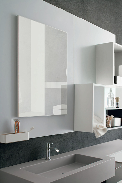 Magnetika bathroom - magnetic mirror and shelves Ronda Design BathroomMirrors