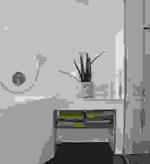 Ванная комната в стиле модерн от reichart bauplanungsgmbh Модерн