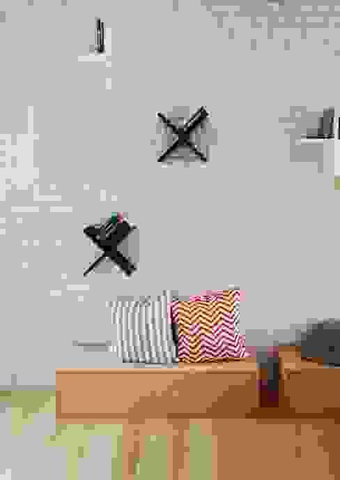 Living room by Devangari Design, Scandinavian