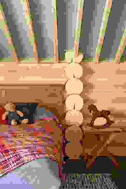 Dormitorios de estilo rústico de Lavka-design дизайн бюро Rústico
