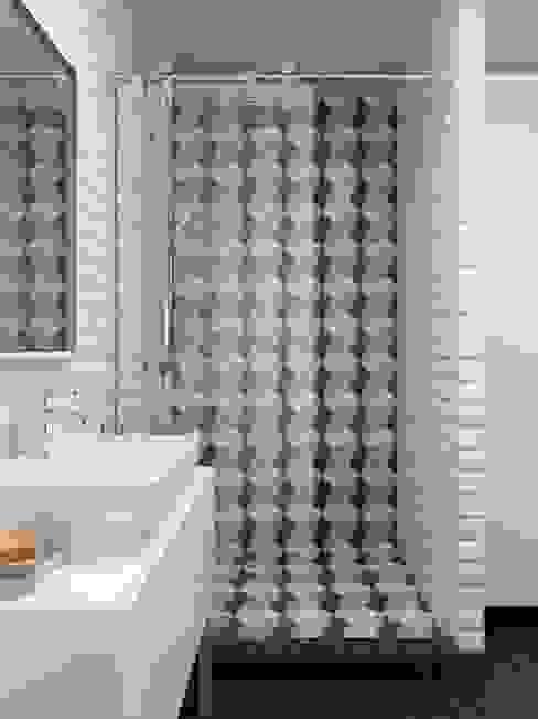 Baños de estilo escandinavo de INT2architecture Escandinavo