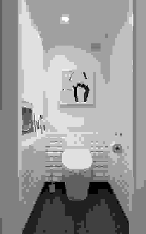 ИНТЕРЬЕР VA Ванная комната в скандинавском стиле от INT2architecture Скандинавский