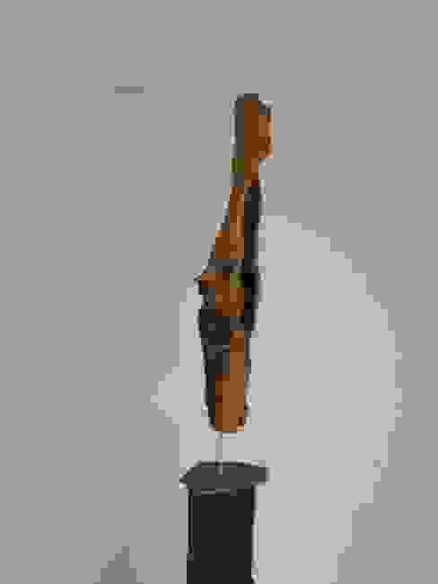 Holzskulptur von Holzsteinkunstobjekte Rustikal