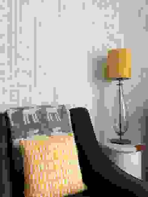 Linear wallpaper Modern nursery/kids room by SHARON JANE Modern
