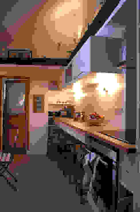 Appartement Parisien pour jeune couple- Paris- 2e Cuisine moderne par ATELIER FB Moderne