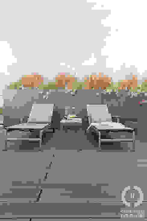 Modern terrace by Chałupko Design Modern